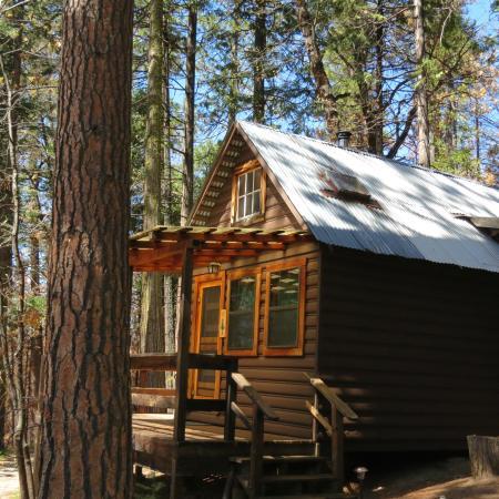 Sunset Inn Yosemite Vacation Cabins: Sugar Pine Cabin