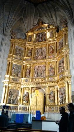 Iglesia de Santiago el Real : Santiago Retablo
