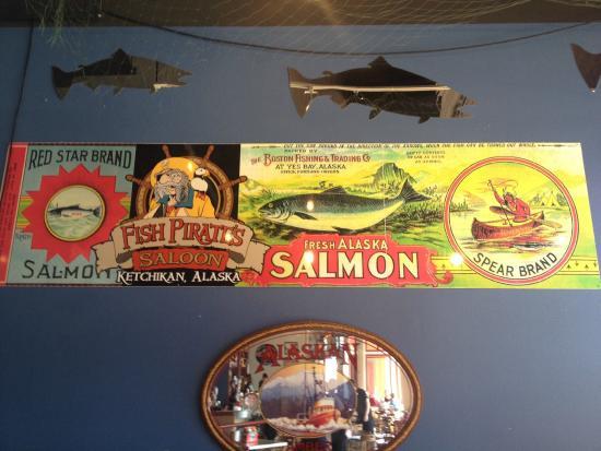 Fish Pirates Saloon: Decoração