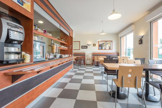 akena city agen castelculier hotel france voir les tarifs et 170 avis. Black Bedroom Furniture Sets. Home Design Ideas