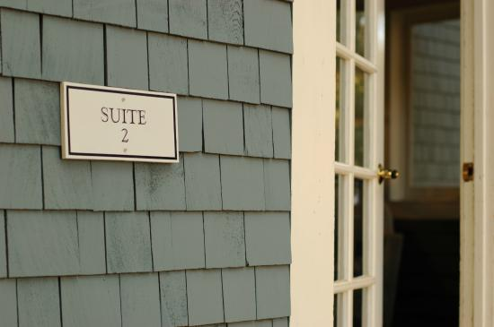 Dunning Ranch Guest Suites: Private Entrance