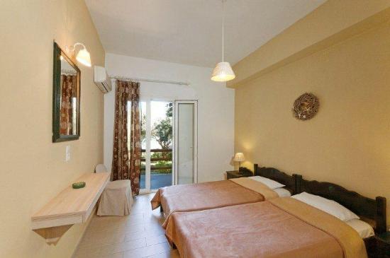 Venus Beach Hotel Bungalows: standard room