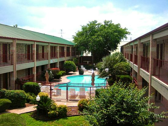 Photo of BEST WESTERN PLUS Fiesta Inn San Antonio