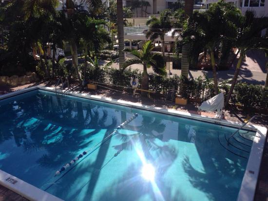 doppelzimmer gym und beheizter pool picture of best western plus rh tripadvisor com