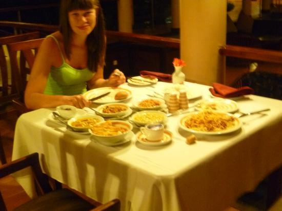 Hotel Hibiscus Beach: Легкий ужин