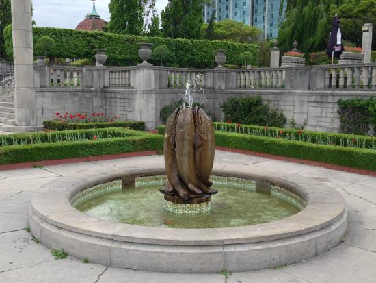 Oakes Picture Of Oakes Garden Theatre Niagara Falls