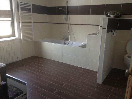 La Fattoria: Salle de bain