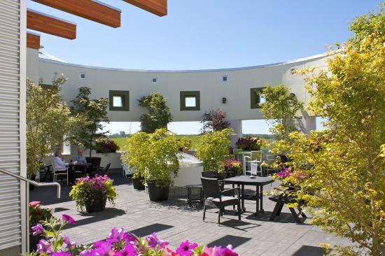 Glasshouse Bistro and Cafe: Glasshouse Bistro Patio
