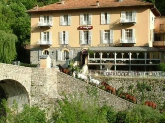Hotel le Mirval : vue d'ensemble