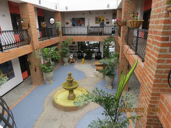 Hotel Salento Real: El Patio Central, Segundo Piso