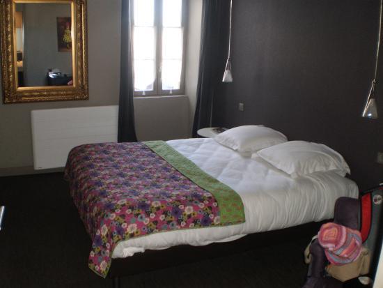 Hotel Napoléon : Chambre standard