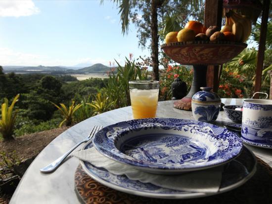 breakfast with a view picture of mai tai resort port douglas rh tripadvisor com