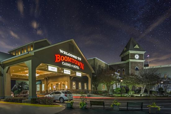 Boomtown casino new orleans calendar hotels close to hollywood casino columbus ohio