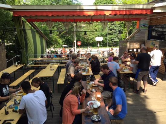 Schleusenkrug: Enjoy a pint or two!