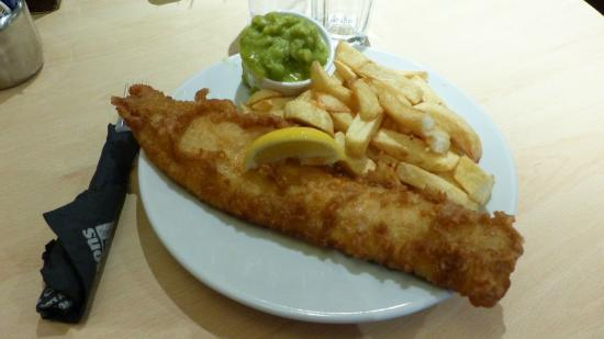 Atkinson's Fish & Chip Restaurant: Fish 'n' chips it is