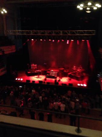 Victoria Hall: Stage