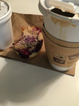Piccolo Cafe : Coffee and Muffin