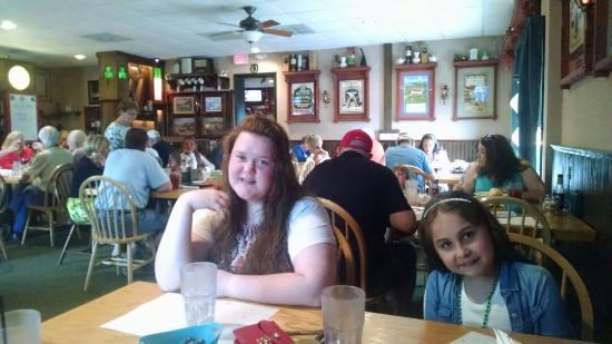 Flynn's Irish Tavern : Our girls loving the hearty home atmosphere at Flynn's
