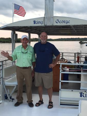 Darien River Wine and ECO Cruise: Great Captin Phillip and First Mate Mike