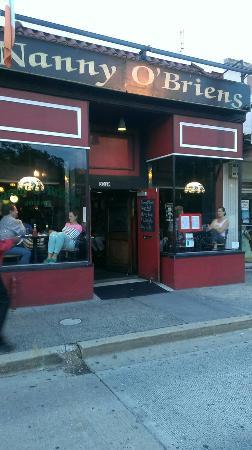 Nanny O'Brien's Irish Pub