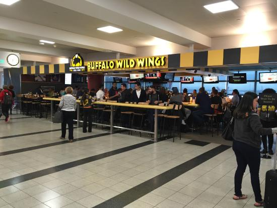 Buffalo Wild Wings Jamaica Jfk International Airprt
