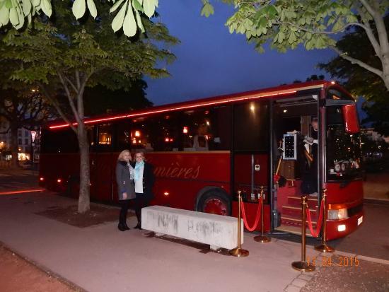Le Trolley Des Lumieres : Bela apresentação na chegada.