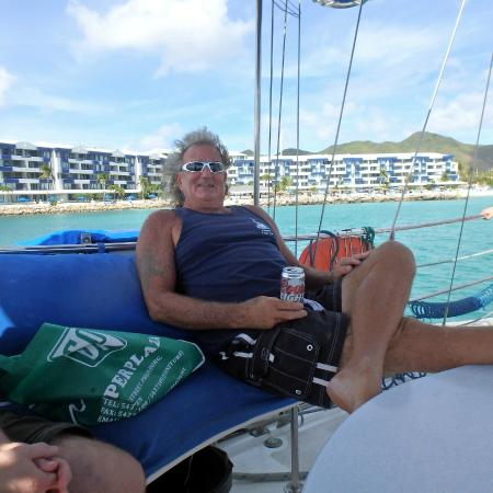 Simpson Bay, St. Martin/St. Maarten: Chilling with Captain Trevor