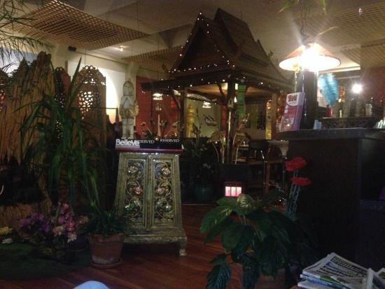 Thai Chef's Restaurant : Great decor