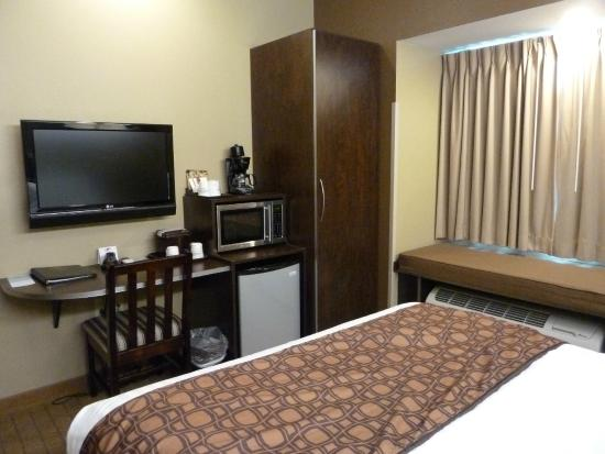 Microtel Inn & Suites by Wyndham Marietta: Bedroom