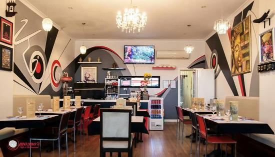 MoMo's Cafe and Restaurant