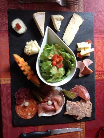 Assiette charcuterie et fromage