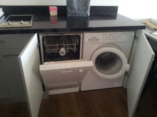 Washing machine and dishwasher! - Picture of Marine Heights ...