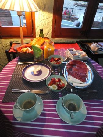 Casa Matilda Bed and Breakfast: Petit déjeuner
