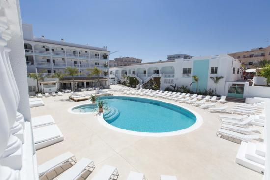 The Beach Star Ibiza: Piscina