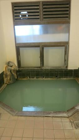 Yusaya Ryokan : 旅館の小さい方の浴場