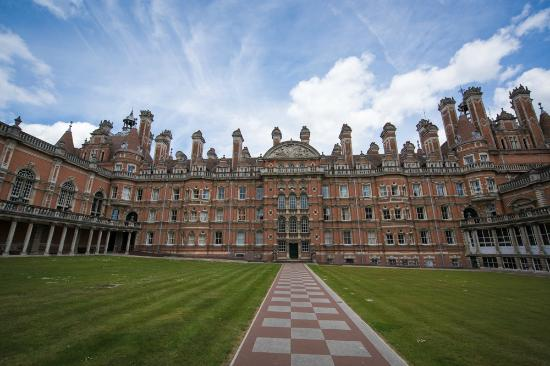 Royal Holloway Need To Visit When In Egham