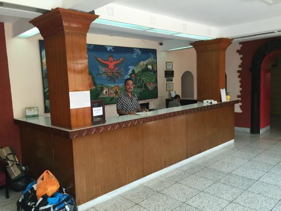 Hotel Shakti: Lobby/reception