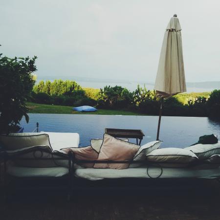 Abbraccio del Lago : Piscina a sfioro