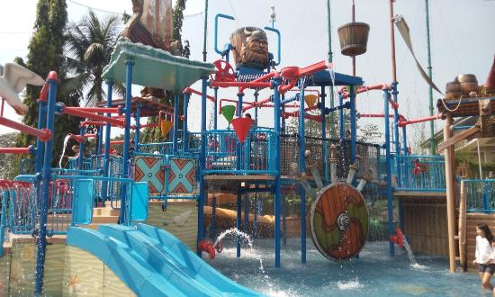 The Wave Pondok Indah Water Park