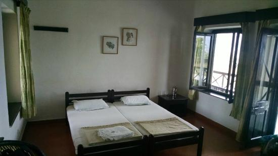 Dhikala Forest Rest House: Room