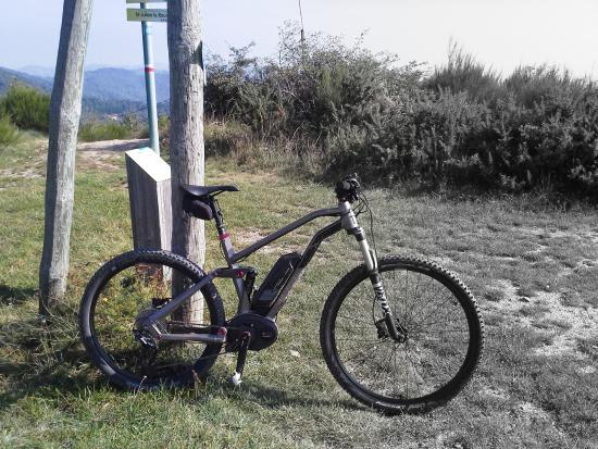 Boffres, Frankreich: VTT à assistance électrique Samedi FS 27/9 de Moustache Bikes