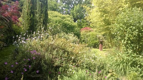 jardin poterie hillen - picture of les jardins de la poterie
