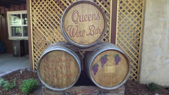 Queen's Inn by the River : Winery