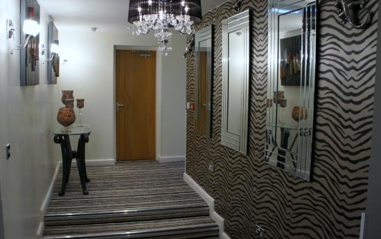 Royal Seabank Hotel: Hallway/Entrance to Superior Rooms