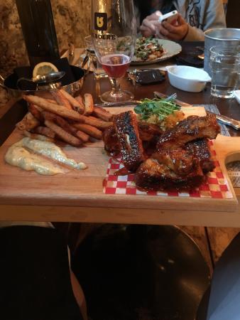 Antidote FoodLab: Excellent repas , belle carte des vins et ambiance le fun
