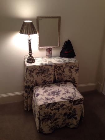 Adorable vanity area in our beautiful spacious room.