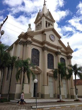 Dona Francisca, RS: fachada