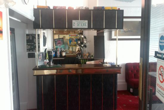 Morrisy House: Bar/Reception