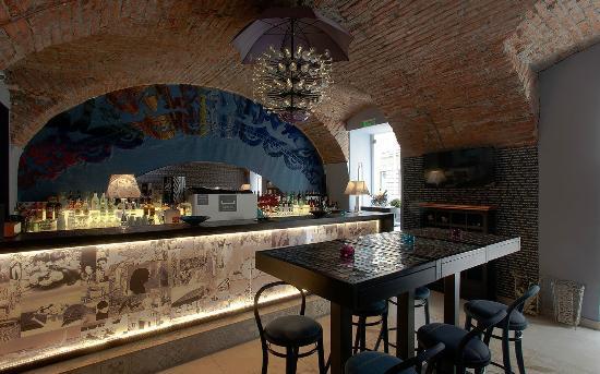Restoran Waves Denim Bar