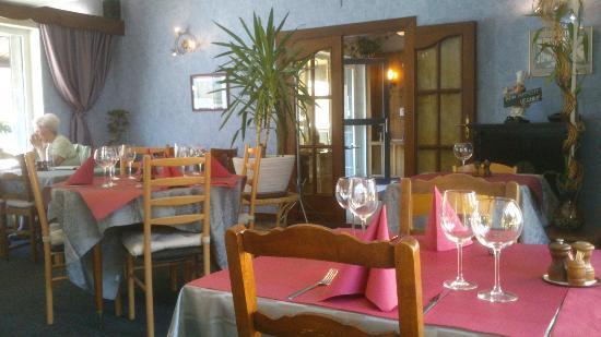 Martelange, Belgia: la salle du restaurant